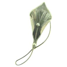 Marked sterling and signed CC figural calla lily Brooch