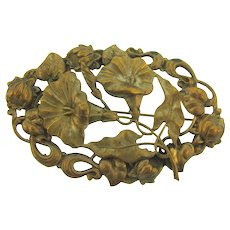 Vintage large early Art Nouveau gold tone floral Brooch