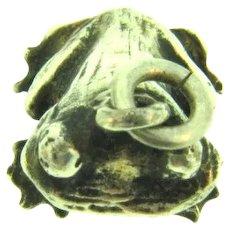 Vintage sterling silver figural frog Charm