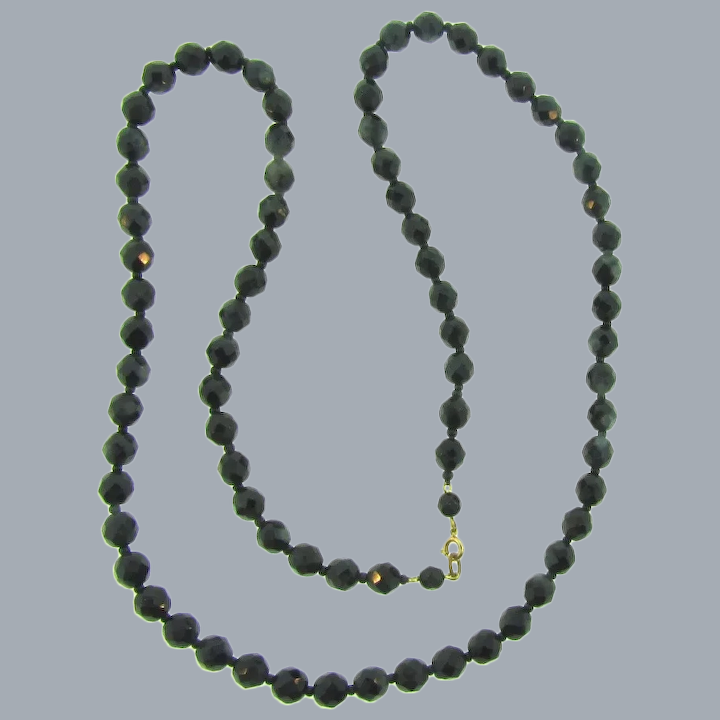 VINTAGE FACETED BLACK PLASTIC BEAD BEADED CHOKER NECKLACE LENGTH JAPAN w//o clasp