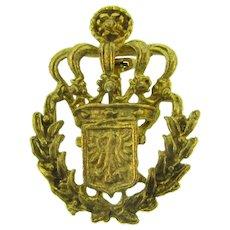 Vintage gold tone regal crown Brooch