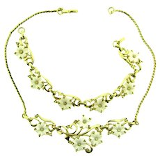 Vintage Bracelet and choker Necklace with molded white plastic flower and crystal rhinestones