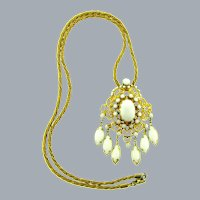 Vintage Pendant gold tone Necklace with white opaque glass stones