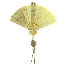 Vintage gold tone folding fan Pendant with Japanese scenes