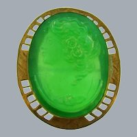 Vintage early gold tone Brooch with green glass cameo