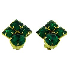 Vintage clip back Earrings with emerald green rhinestones
