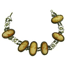 Vintage  shell cameo chain Bracelet