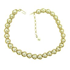 Signed Trifari choker Necklace with imitation pearls