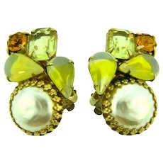Vintage rhinestone clip-on Earrings with large faux pearls