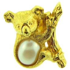 Signed Avon cute figural Koala bear Lapel Pin