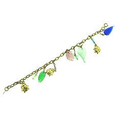 Vintage chain link gold tone Bracelet with ladybugs, beads and glass leaves