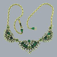 Vintage gold tone choker length Necklace with imitation pearls and emerald green rhinestones