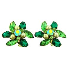 Signed Judy Lee large clip-on Earrings imitation pearls and green rhinestones