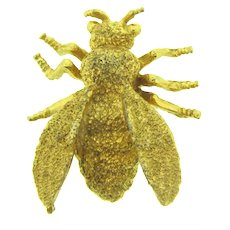 Vintage figural gold tone fly or bee Brooch