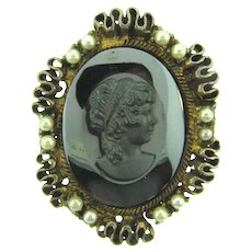 Vintage large cameo Brooch with imitation pearls