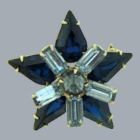 Vintage small rhinestone Star Scatter Pin