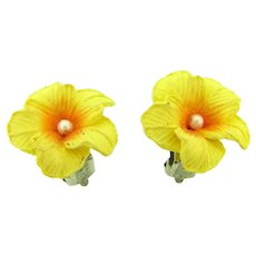 Vintage petite celluloid yellow flowers clip -on Earrings