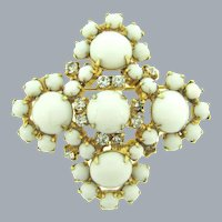 Vintage 1960's gold tone rhinestone and cabochon Brooch