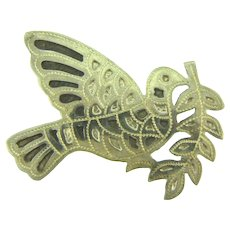 Marked 925 sterling silver figural Peace Dove Brooch