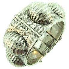 Signed Whiting and Davis silver tone hinged cuff Bracelet