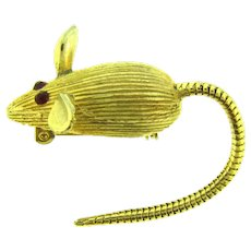 Vintage gold tone figural mouse Brooch with rattail flexible tail