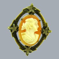 Vintage early shell Cameo in gold tone frame