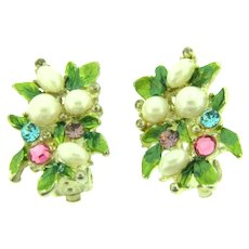Vintage floral clip-on Earrings with enamel, faux pearls and rhinestones