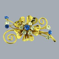 Vintage retro floral Brooch with blue and crystal rhinestones