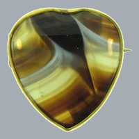 Vintage small heart shaped Scatter Pin with banded agate stone
