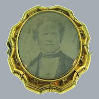Vintage early gold filled portrait Brooch
