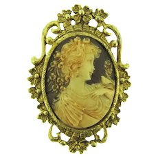 Vintage large resin faux Cameo Brooch