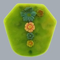 Vintage early plastic small Brooch with flowers
