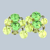 Vintage dangling clip-on Earrings with light green rhinestones and jonquil beads