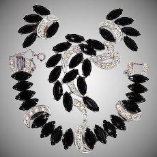 "Sarah Coventry ""Vienna Nights"" parure book set black stones"