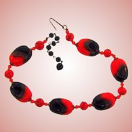 Marked Japan vintage art glass bead choked necklace