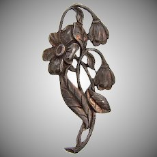 1930's pot metal floral Brooch