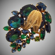 Lovely 1960's vintage rhinestone Brooch in shades of blue and green