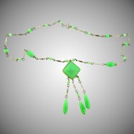 Art Deco green glass bead pendant Necklace