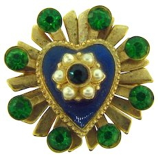 Vintage small scatter pin with center enamel heart