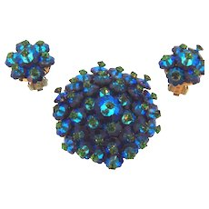 Vintage colorful margarite rhinestone Brooch and clip on earrings in blue/green shades