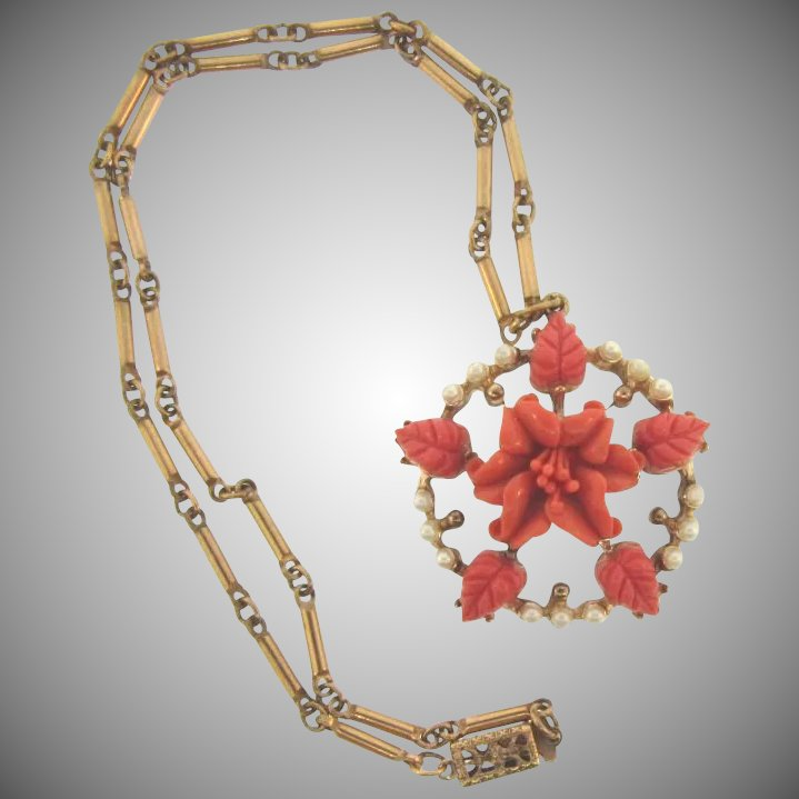 Vintage Pendant Choker Necklace With Coral Colored