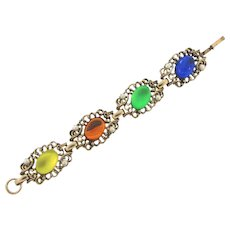 Vintage 1960's colorful link Bracelet with large Lucite cabochon and imitation pearls.