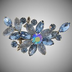 Vintage 1960's rhinestone Brooch in a floral design in blue tones