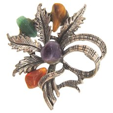Lovely vintage floral Brooch with semi precious stones