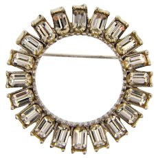 Vintage 1950's circular Brooch with crystal rhinestones