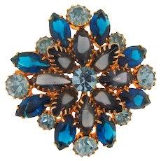 Lovely vintage rhinestone Brooch in blue hues