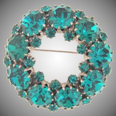 Vintage circular rhinestone Brooch brilliant blue stones