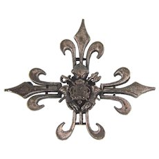 Vintage large heraldic silver tone Brooch