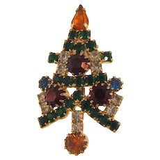 Small vintage Christmas tree rhinestone Brooch