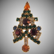 Small vintage Christmas tree rhinestone Brooch